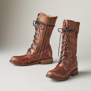 DUNDEE LACED BOOTS