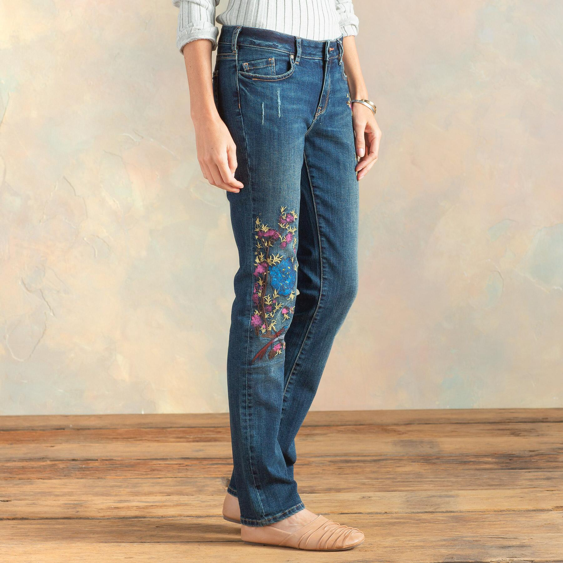 MAGNOLIA HANPAINTED JEANS: View 4