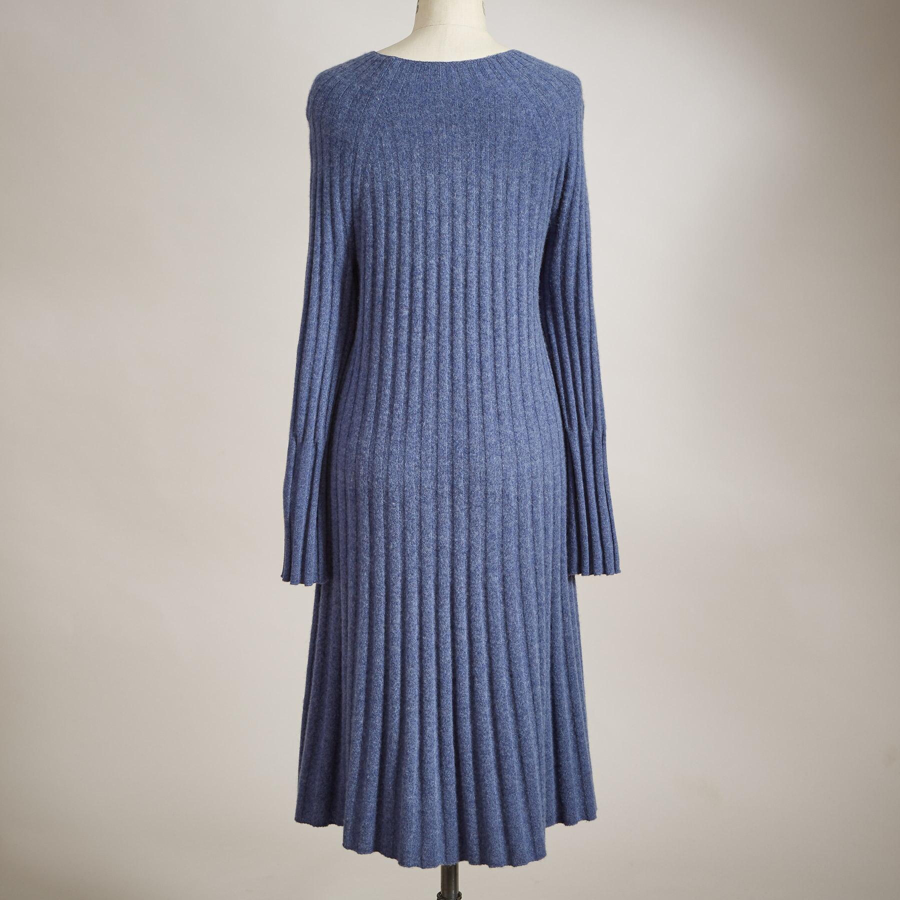 CASHMERE DELIGHT DRESS: View 2