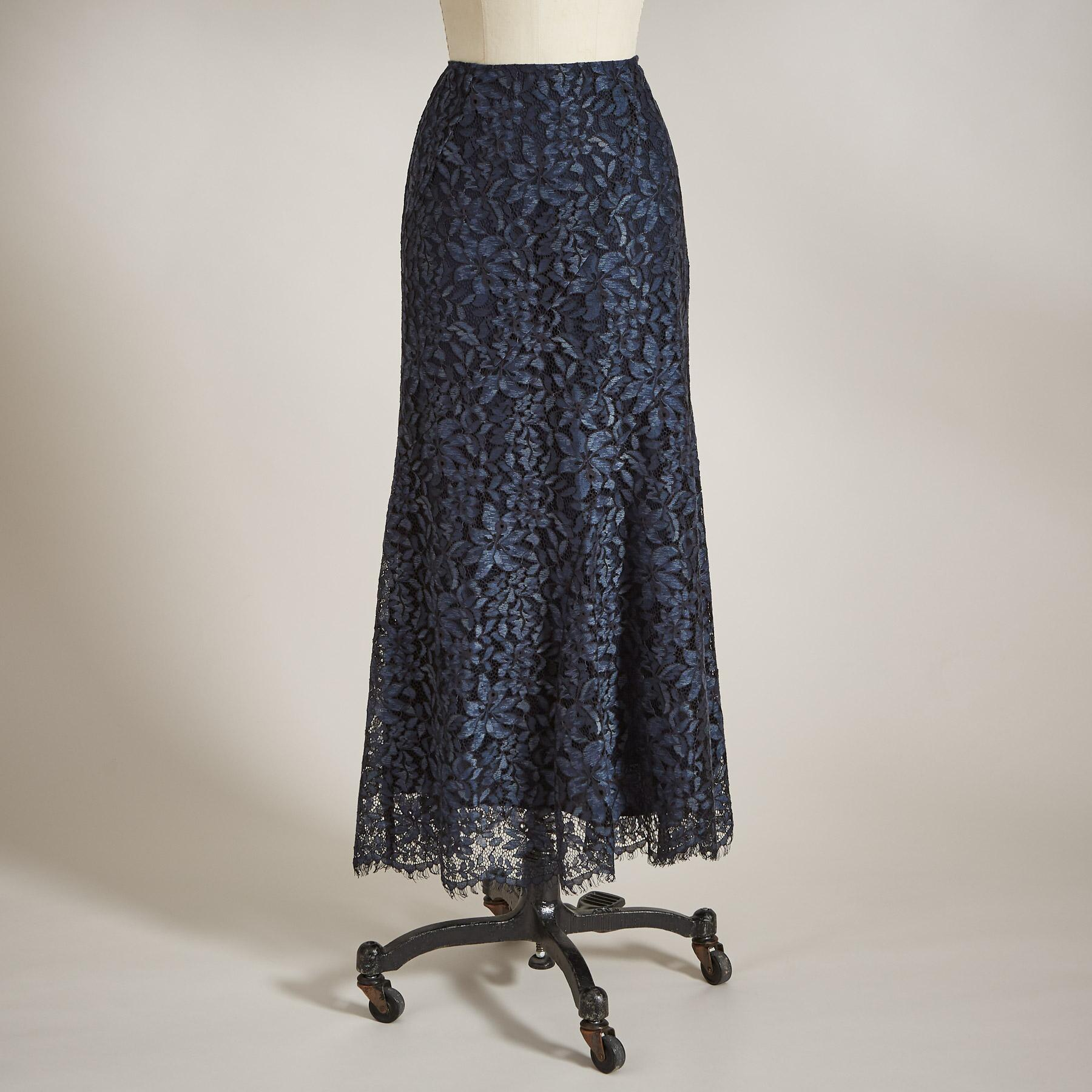FLORAL LACE SKIRT: View 2