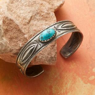FAVOUR FOX TURQUOISE CUFF