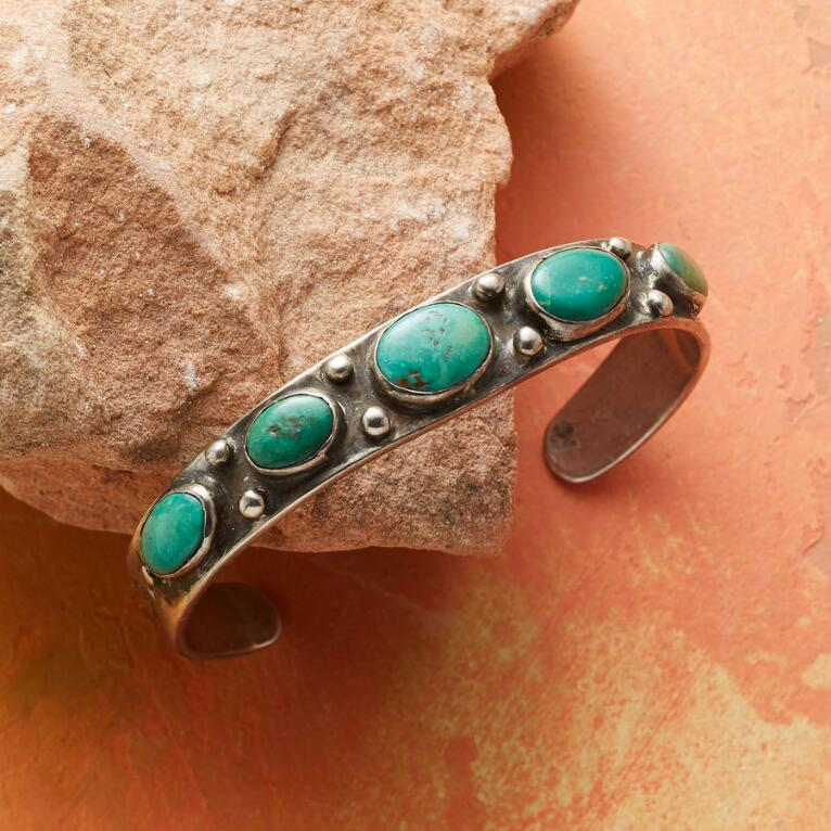 1930S BLUE GEM TURQUOISE CUFF