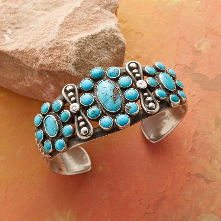 1930S DOUBLE BOW TURQUOISE CUFF