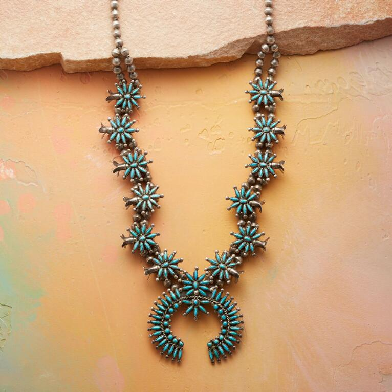 1940S ZUNI SQUASH BLOSSOM NECKLACE