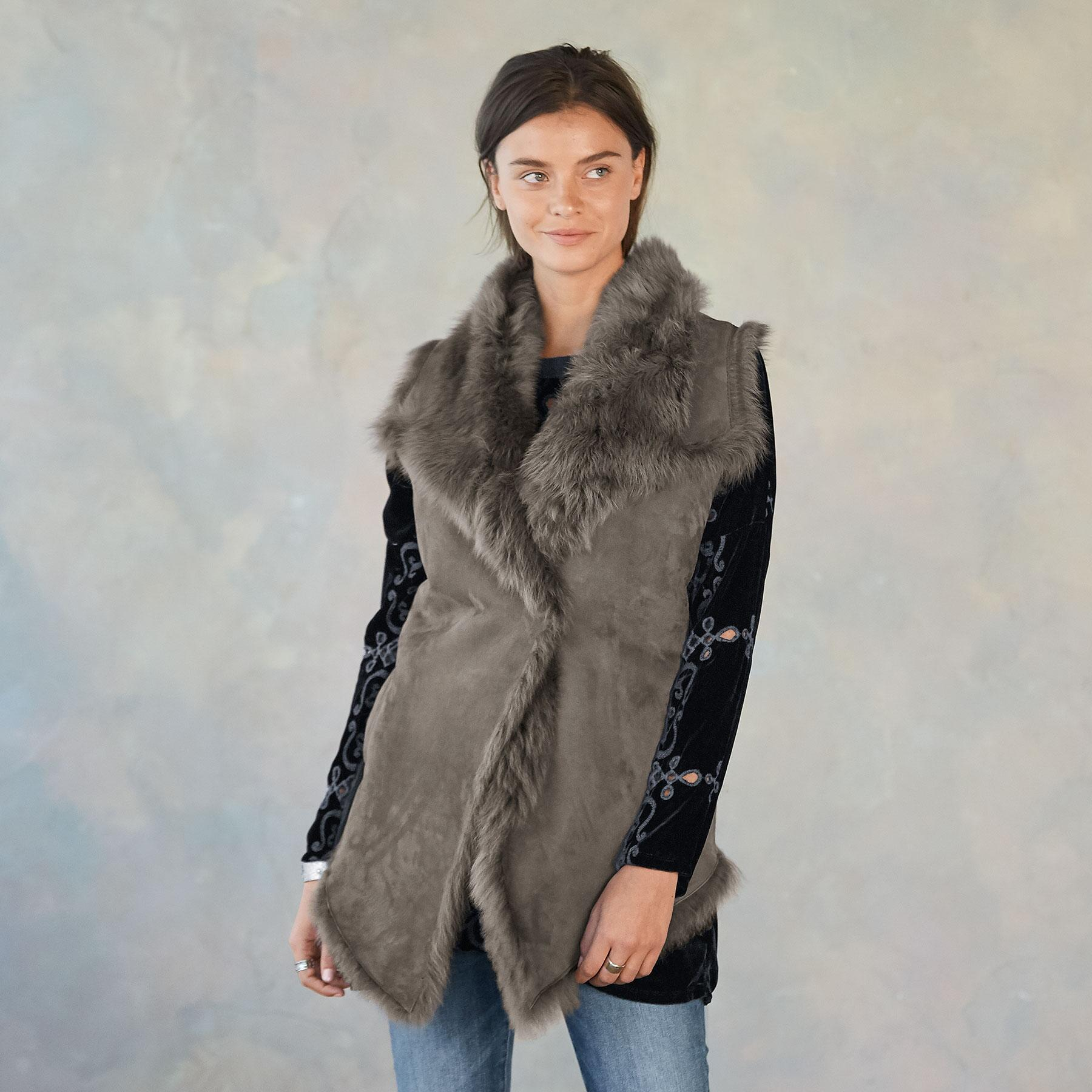 SIMONE SHEARLING VEST: View 1