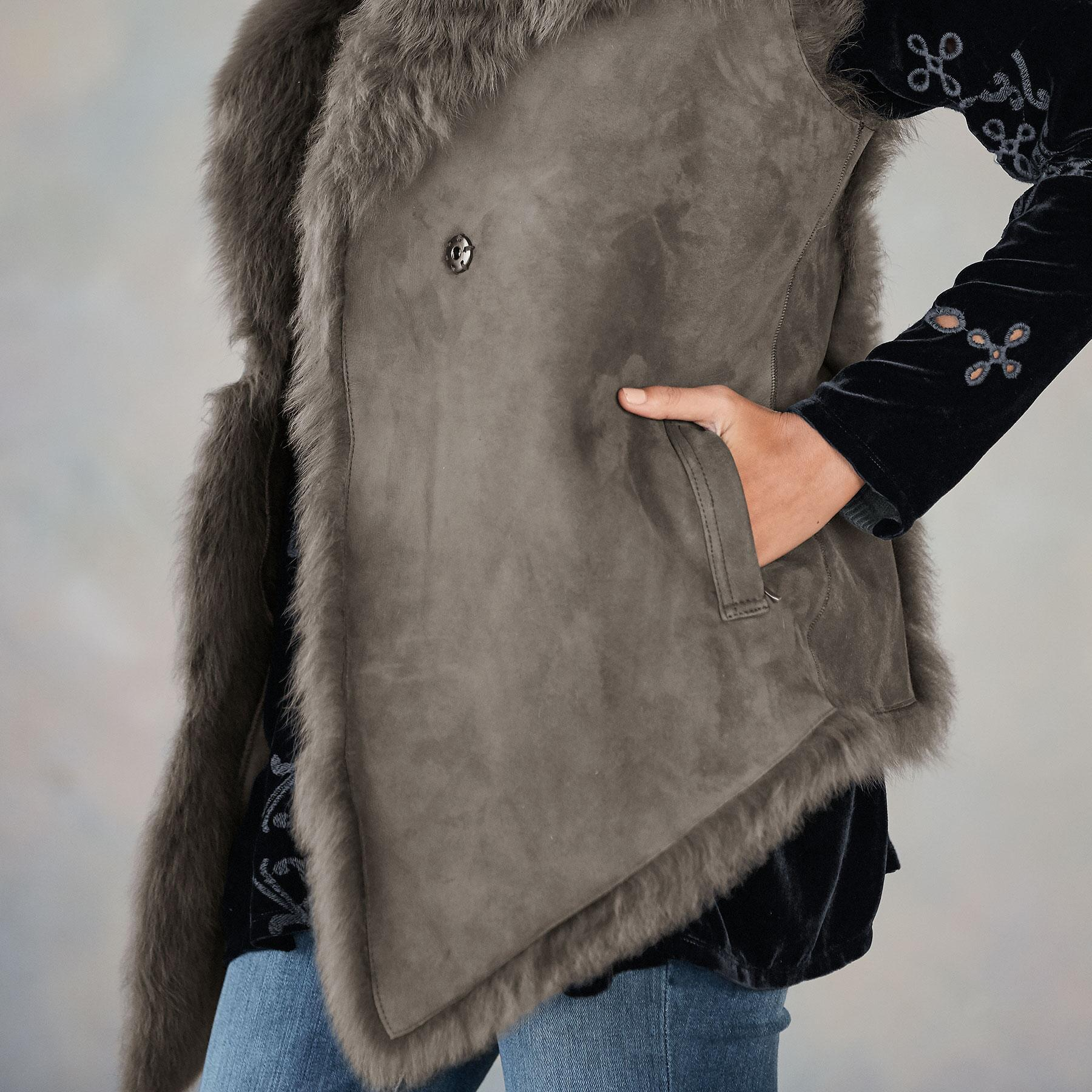 SIMONE SHEARLING VEST: View 5