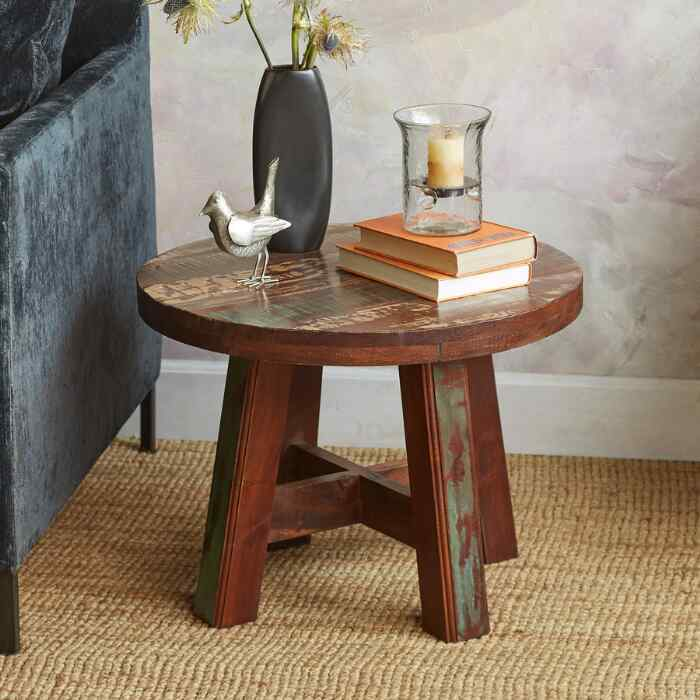 PINEDA SIDE TABLE