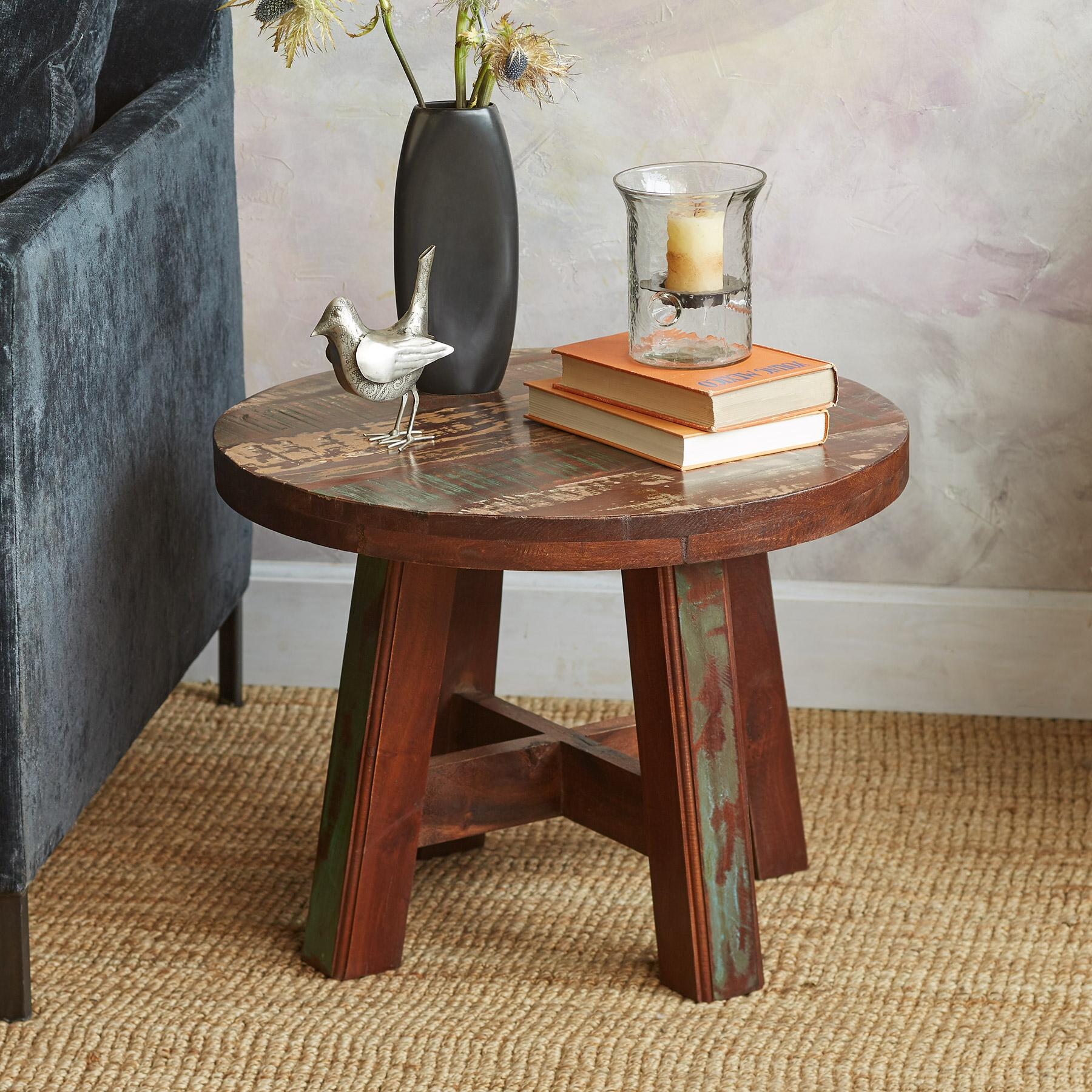 PINEDA SIDE TABLE: View 1