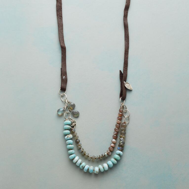 IN TANDEM NECKLACE