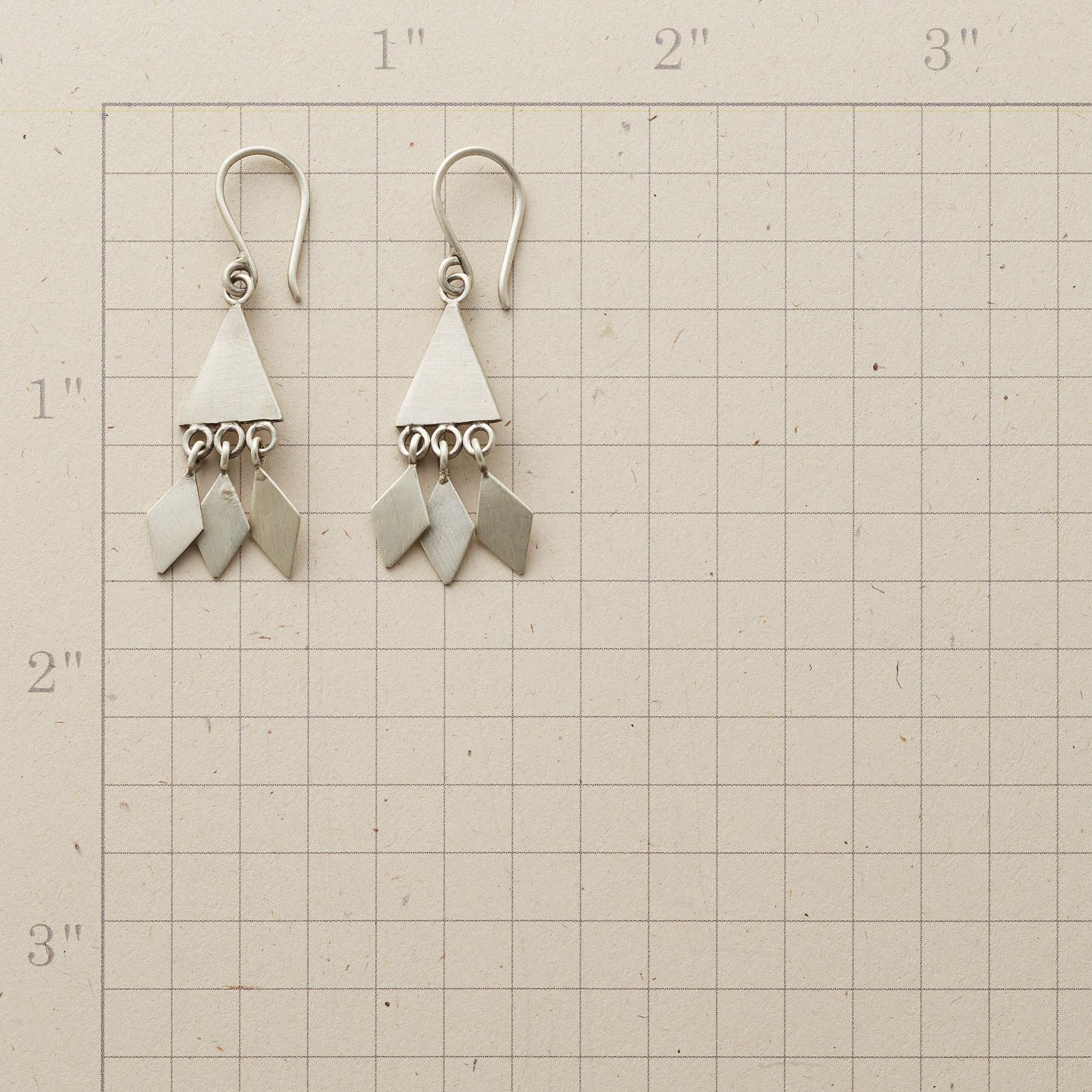 BREEZE EARRINGS: View 2