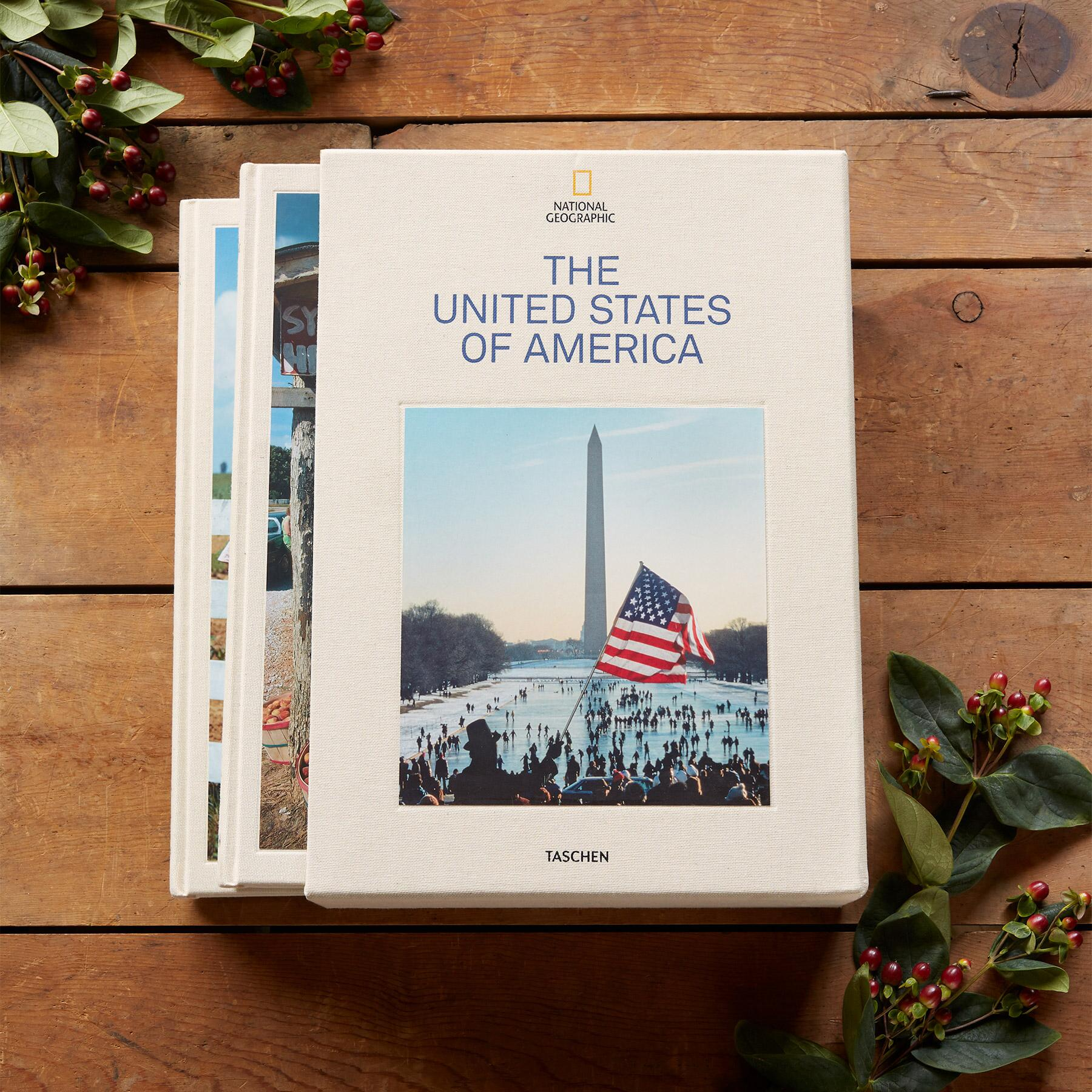 NATIONAL GEOGRAPHIC THE UNITED STATES OF AMERICA BOOK: View 1