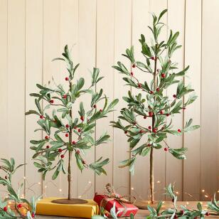 UNDER THE MISTLETOE TREES, SET OF 2