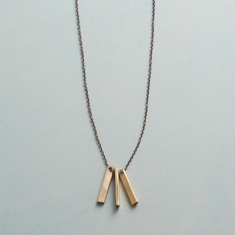 BRUSHED BARS NECKLACE