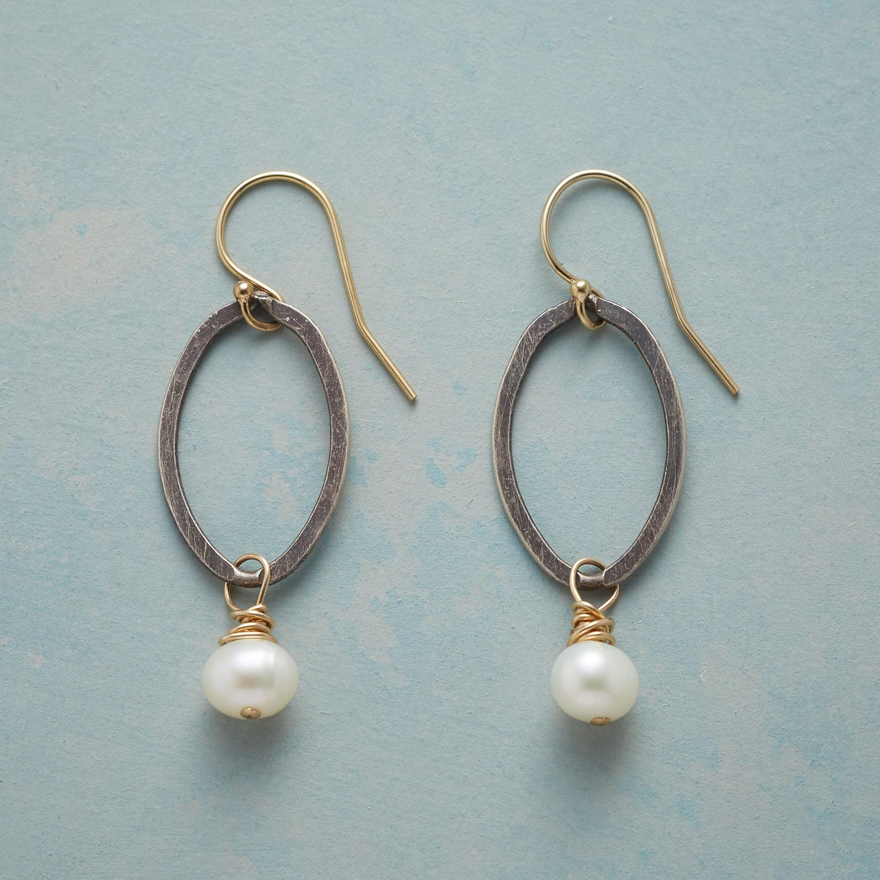 OVALS AND PEARLS EARRINGS: View 1