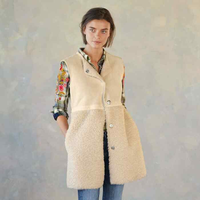 THESSALY REVERSIBLE VEST