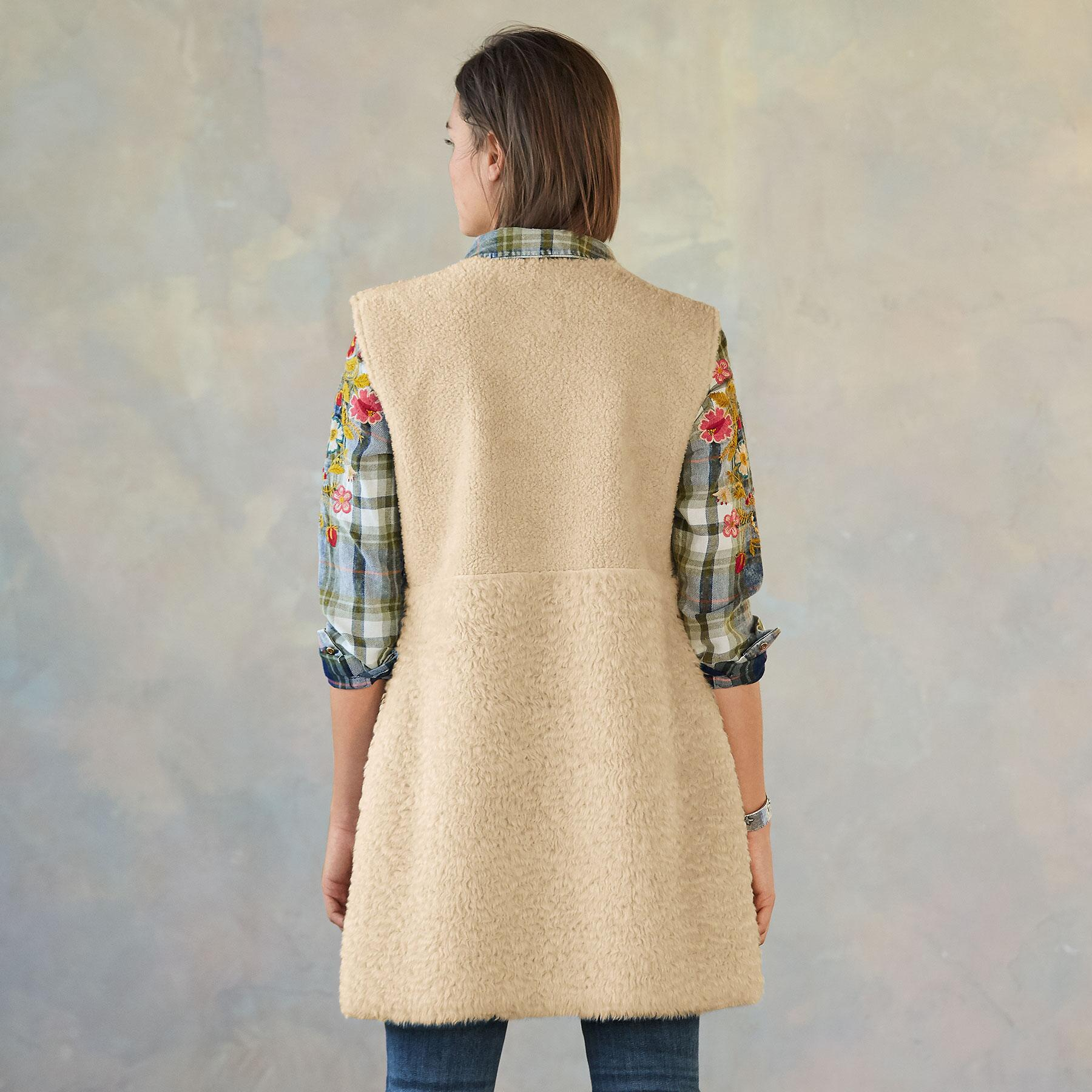 THESSALY REVERSIBLE VEST: View 5