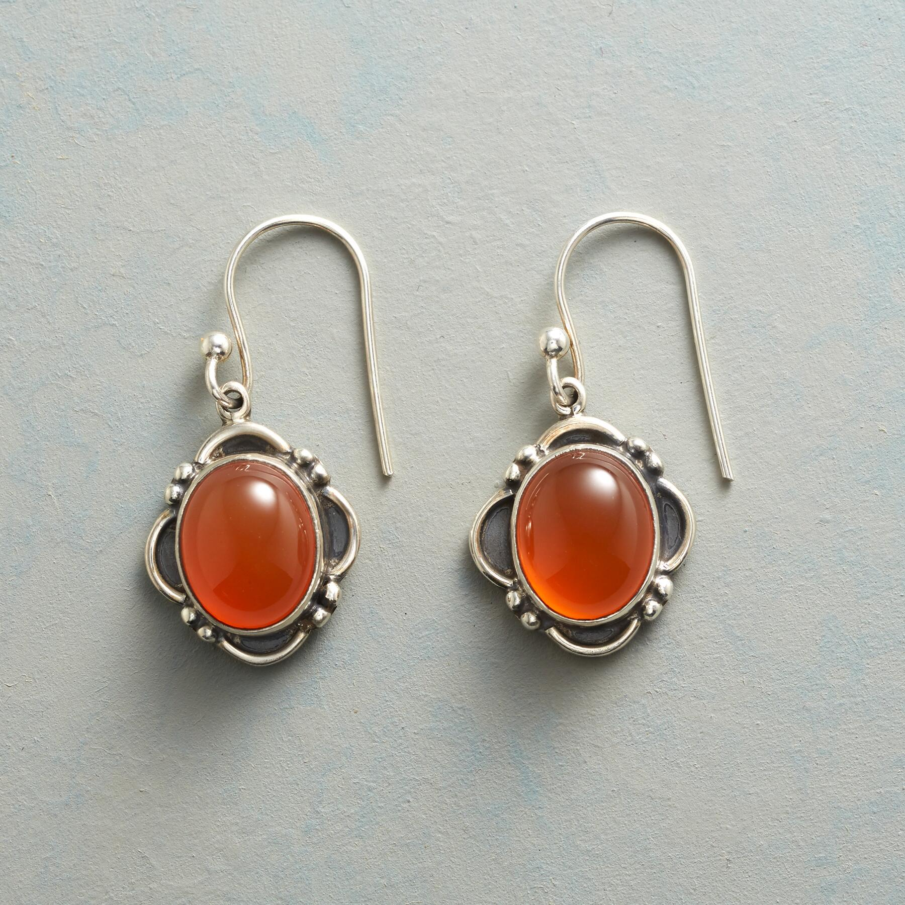 TANGERINA EARRINGS: View 1
