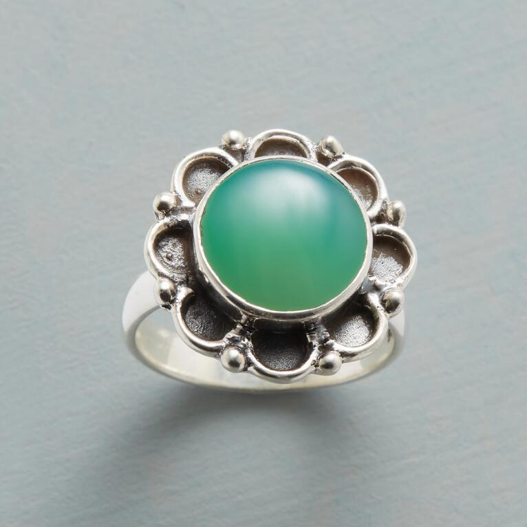 CHALCEDONY IN BLOOM RING