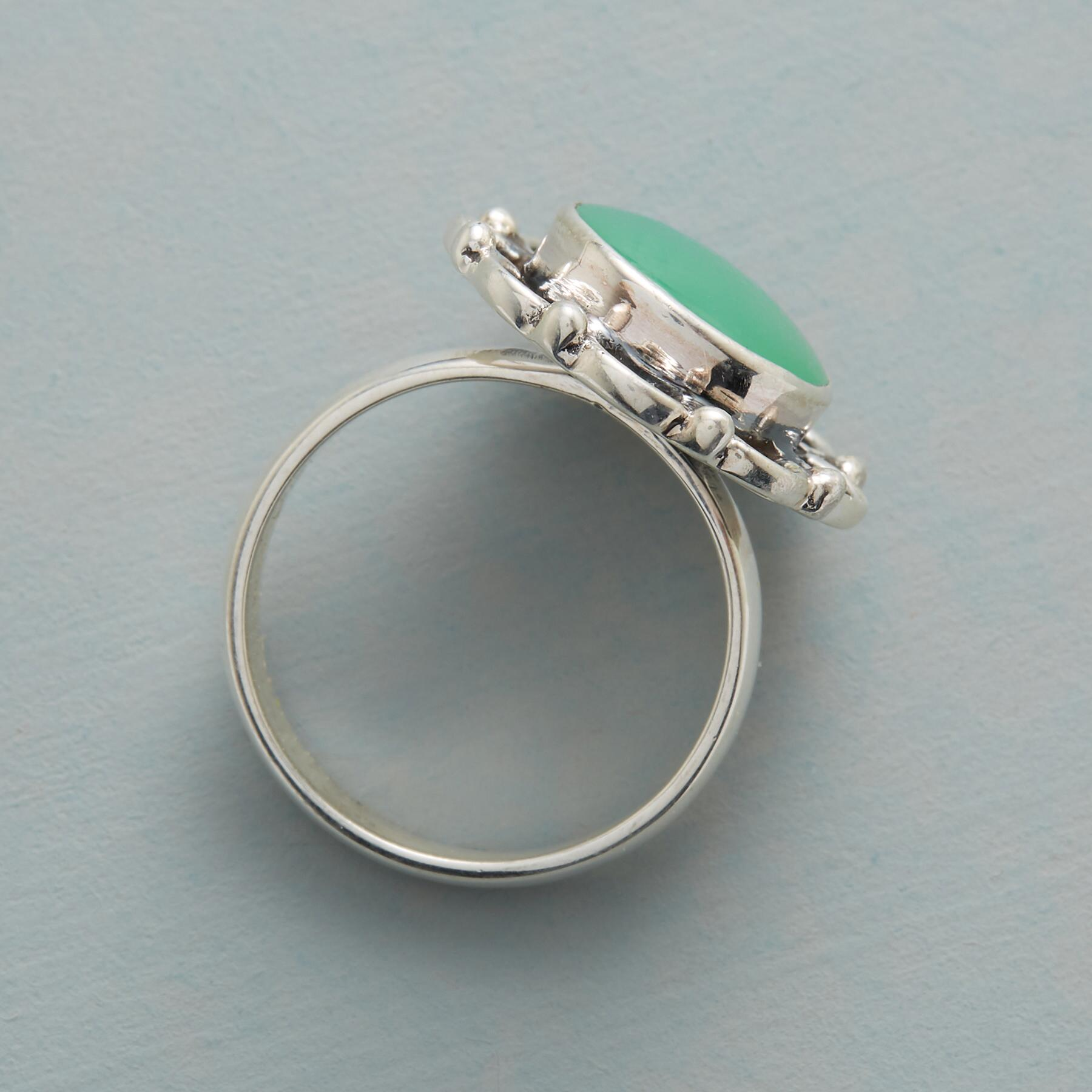 CHALCEDONY IN BLOOM RING: View 2
