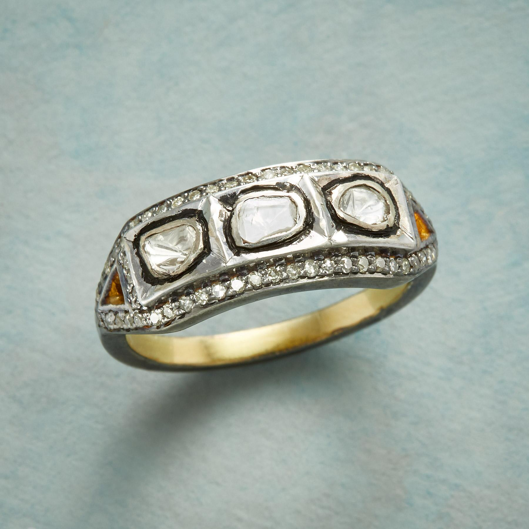 POLKI TRIO DIAMOND RING: View 1