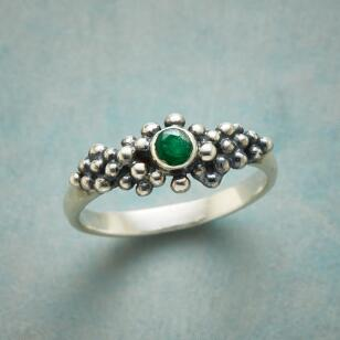 BUBBLY EMERALD RING