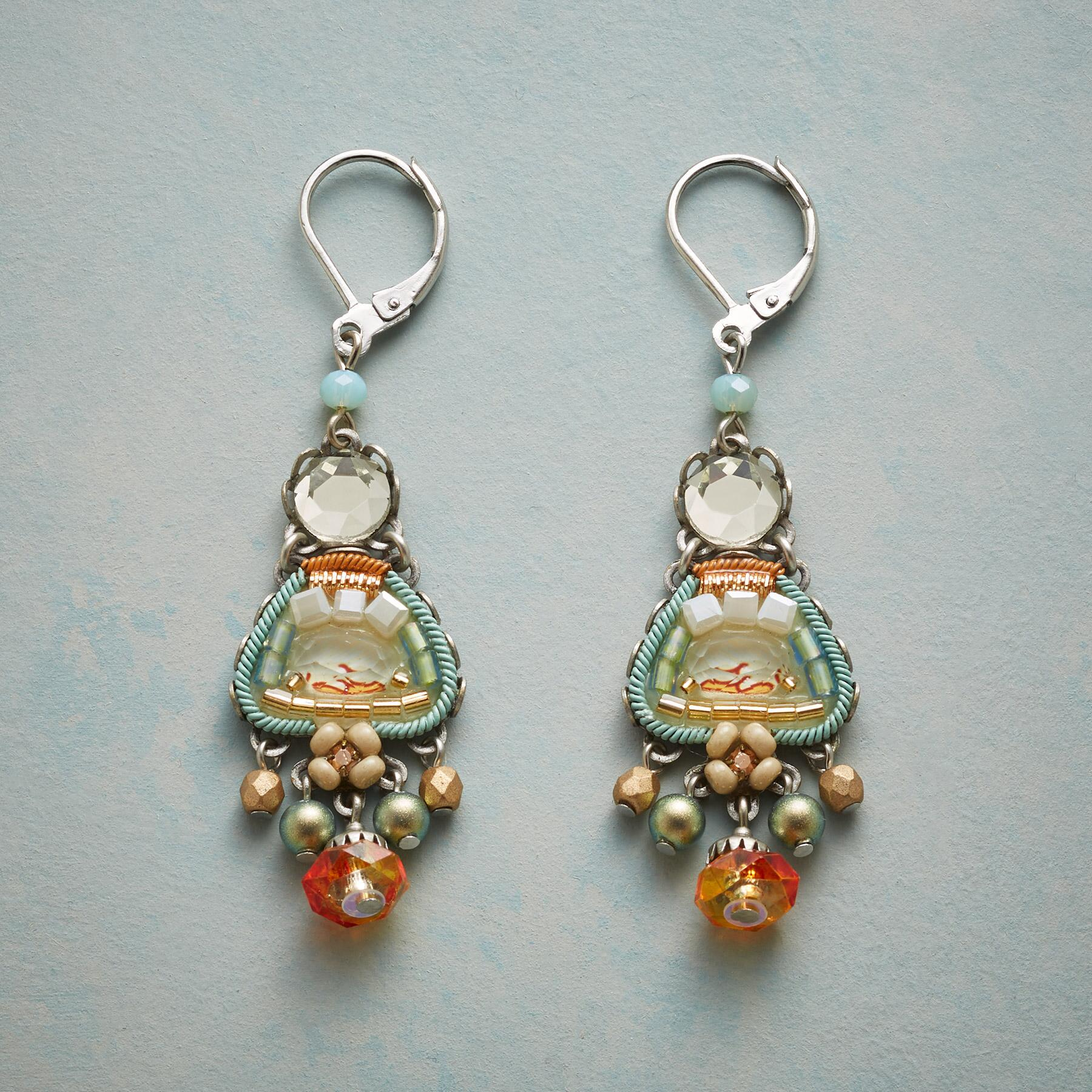 FONTAINEBLEAU EARRINGS: View 1