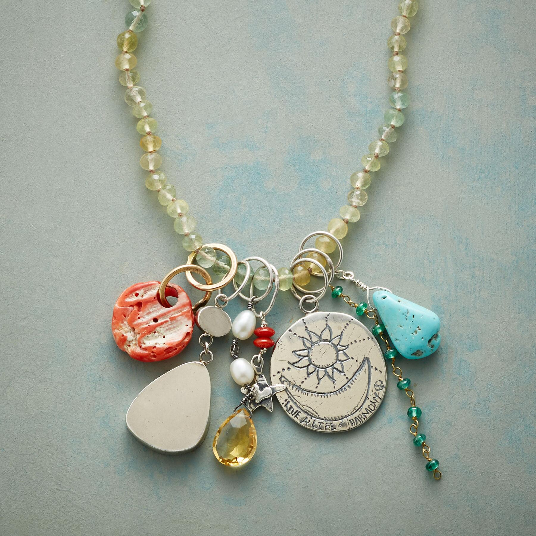NATURES BOUNTY NECKLACE: View 3