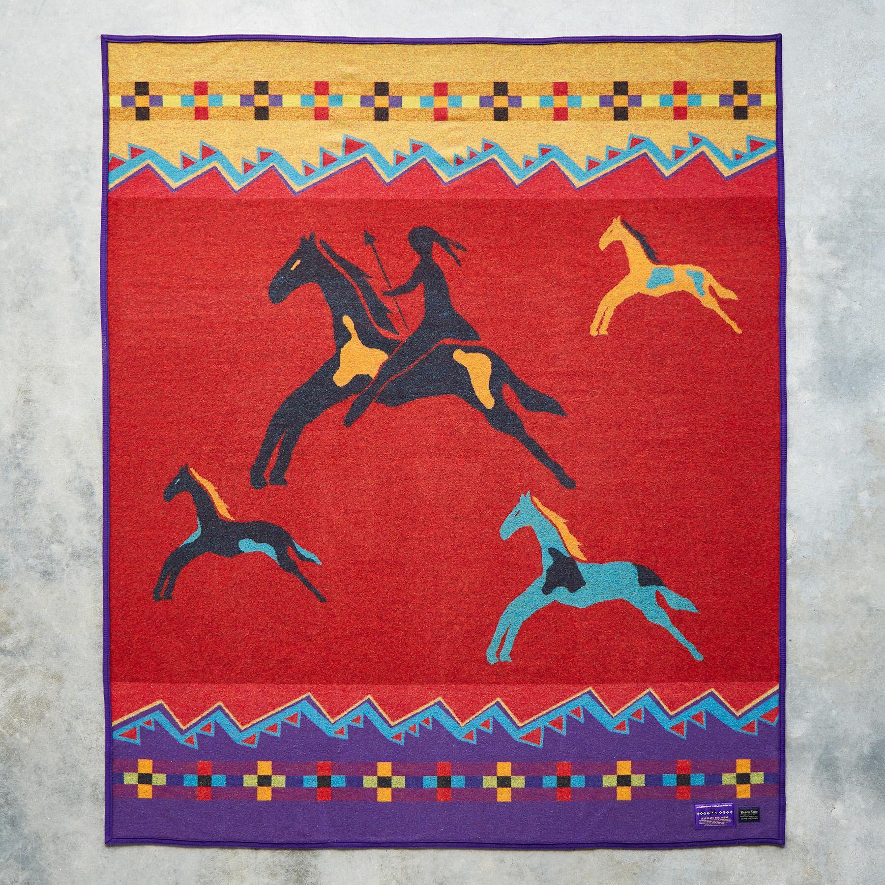 PENDLETON CELEBRATE THE HORSE THROW: View 2
