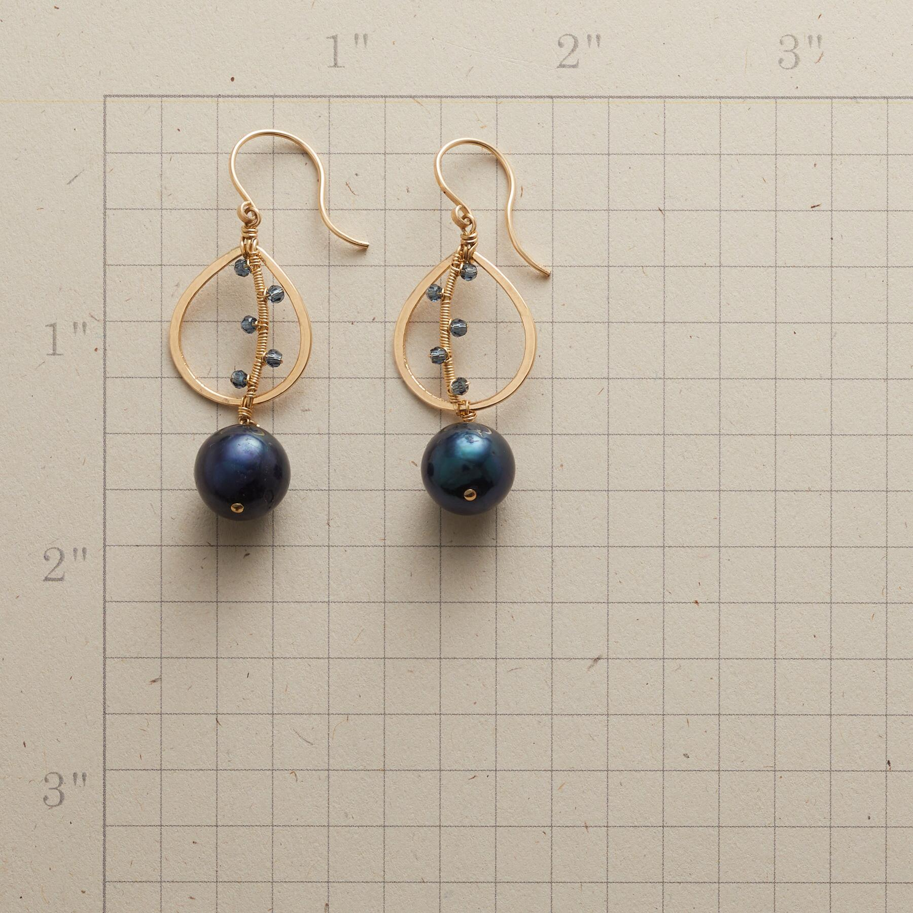 COILED CURVE EARRINGS: View 2
