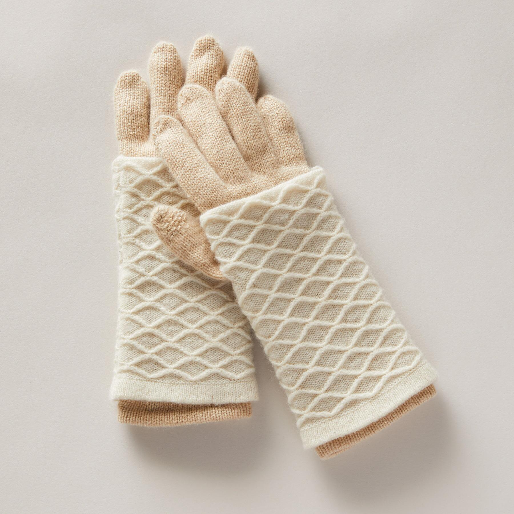 MAPLE SUGAR GLOVES: View 2