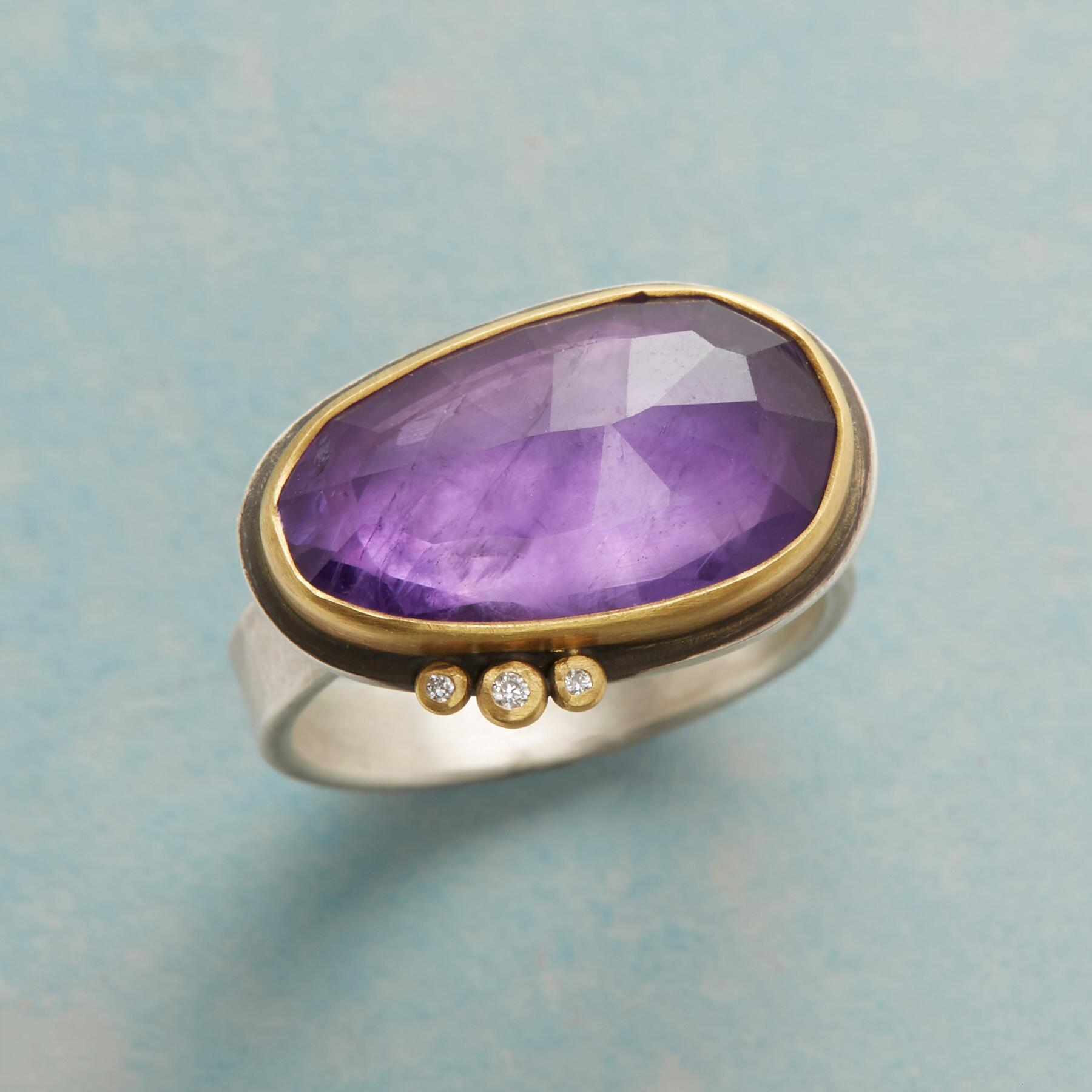 GLITTERING AMETHYST RING: View 1