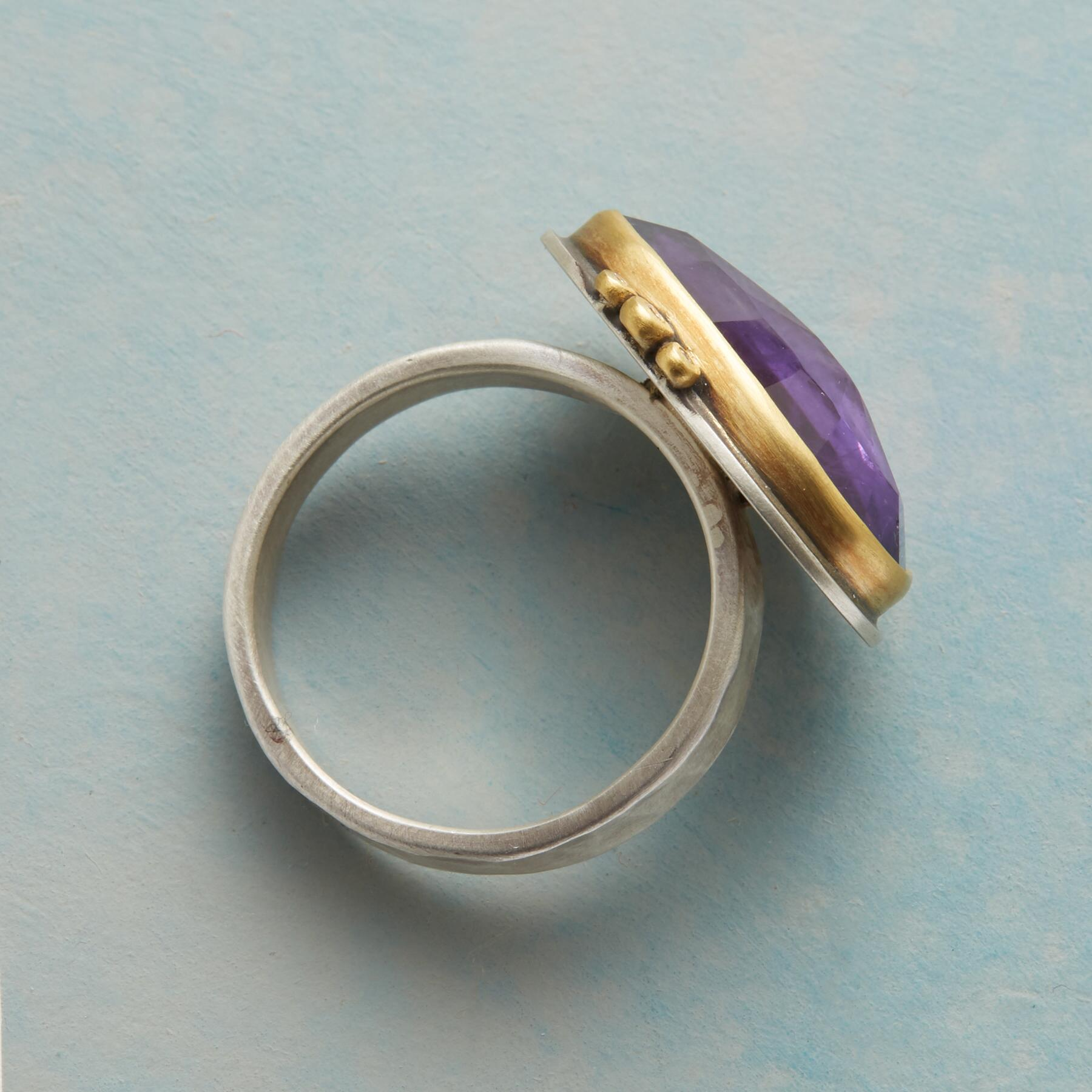 GLITTERING AMETHYST RING: View 2
