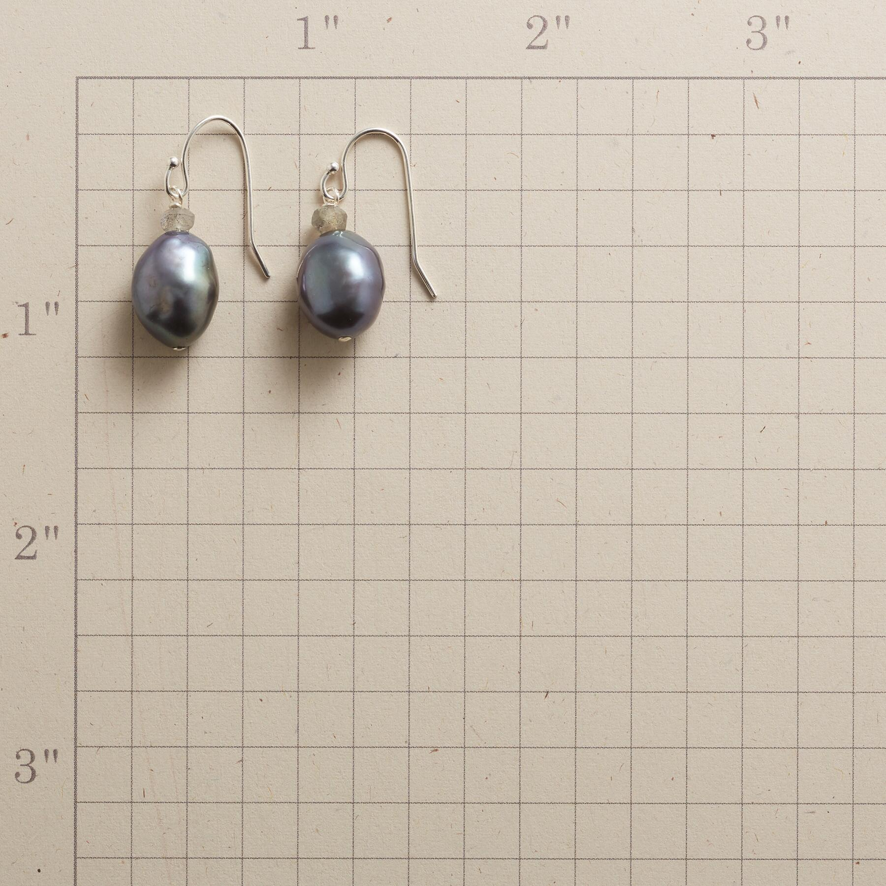 NIGHT RHYTHMS EARRINGS: View 2