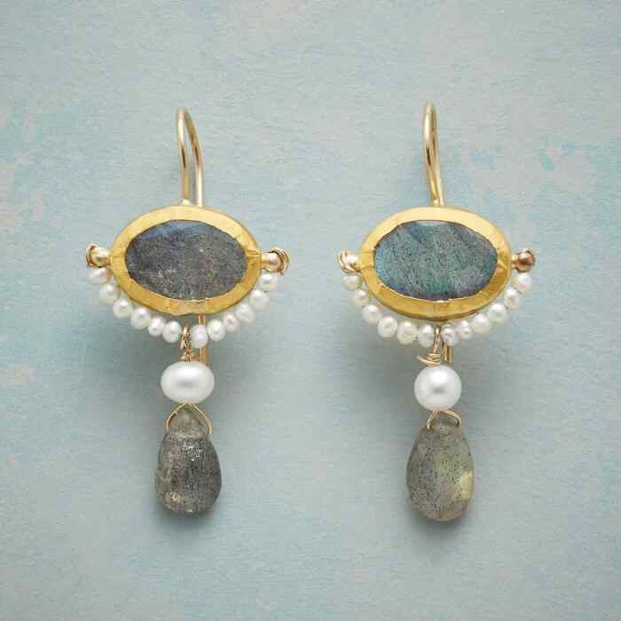 BALANCED BEAUTY EARRINGS