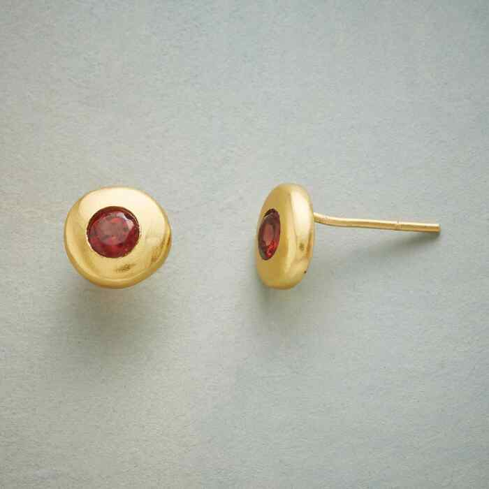 GARNET GLOW EARRINGS