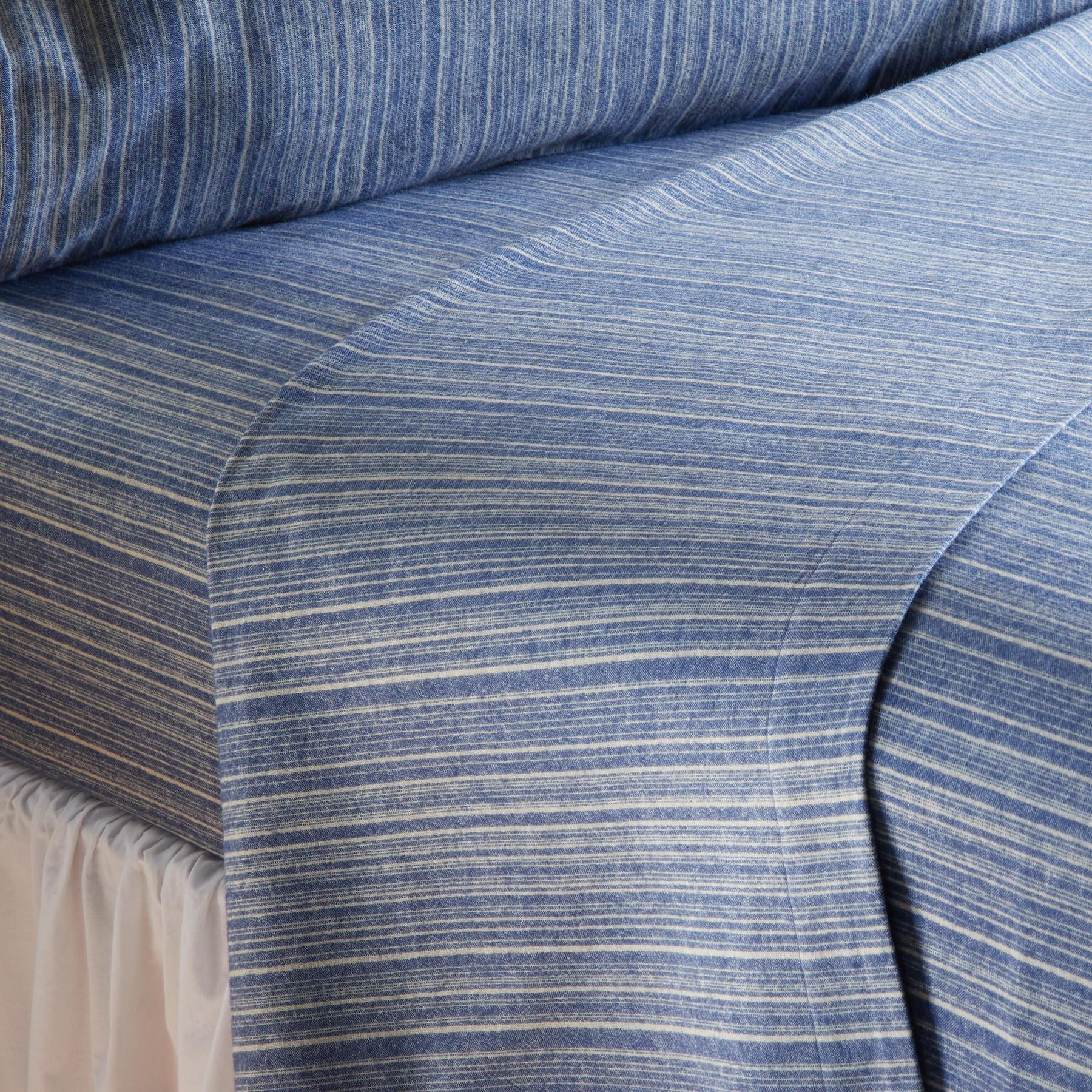 CHADWICK FLANNEL SHEET SET: View 1