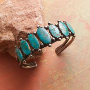 1940S SEVEN TURQUOISE CUFF
