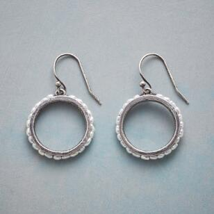 FRESHWATER HOOP EARRINGS