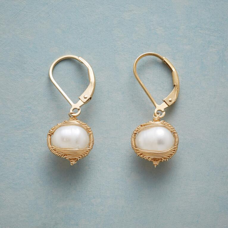 EMBRACEABLE PEARL EARRINGS