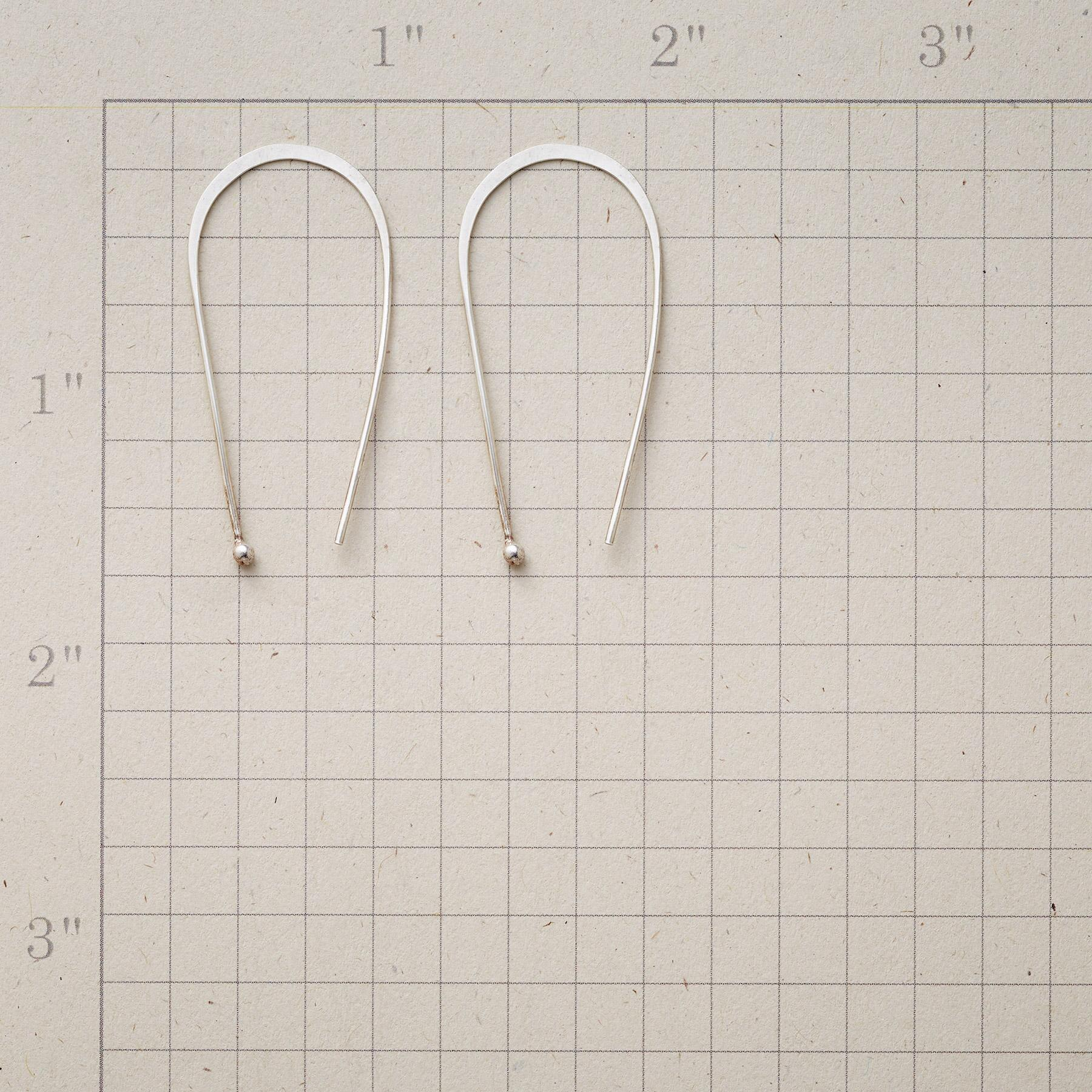 AIRY HOOPS: View 2