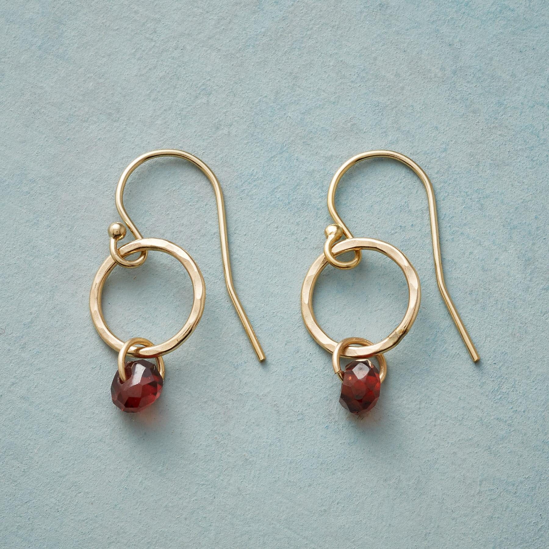 GARNET AURORA EARRINGS: View 1