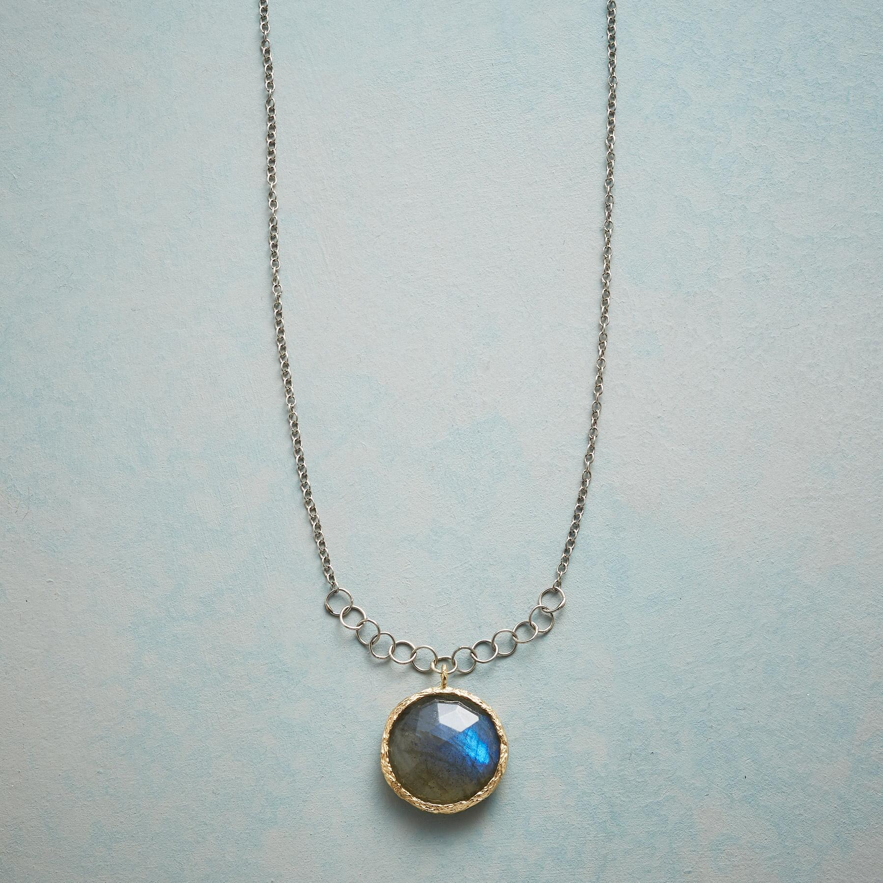 GOLDEN AURA NECKLACE: View 1