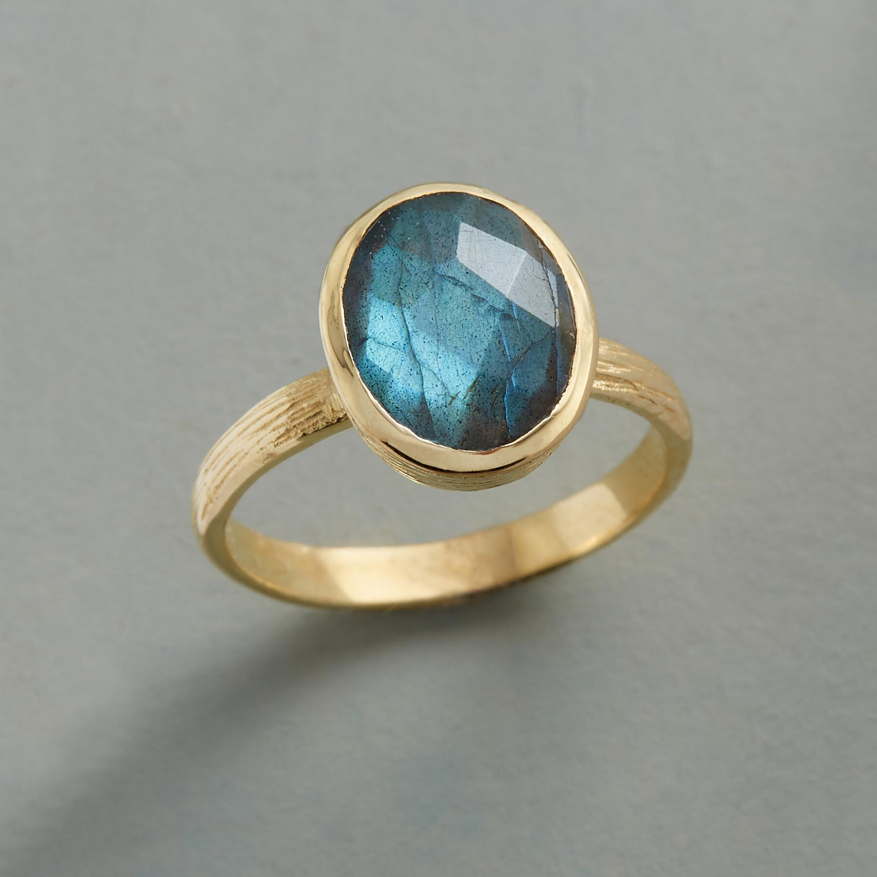 SPECTRA LABRADORITE RING: View 1