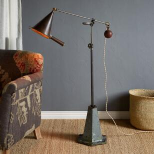 BARTLETT FLOOR LAMP