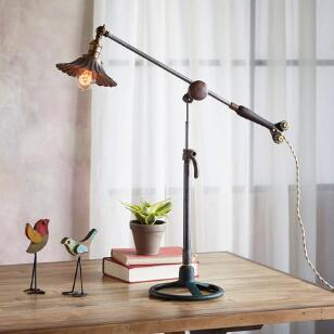 VERMEJO TABLE LAMP