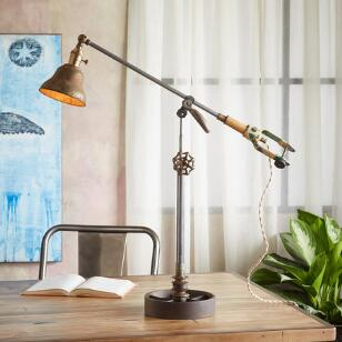 ANIMAS TABLE LAMP