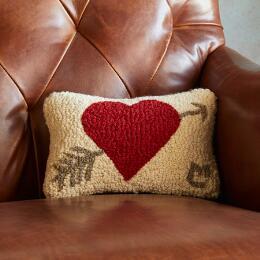 ARROW & HEART MINI PILLOW