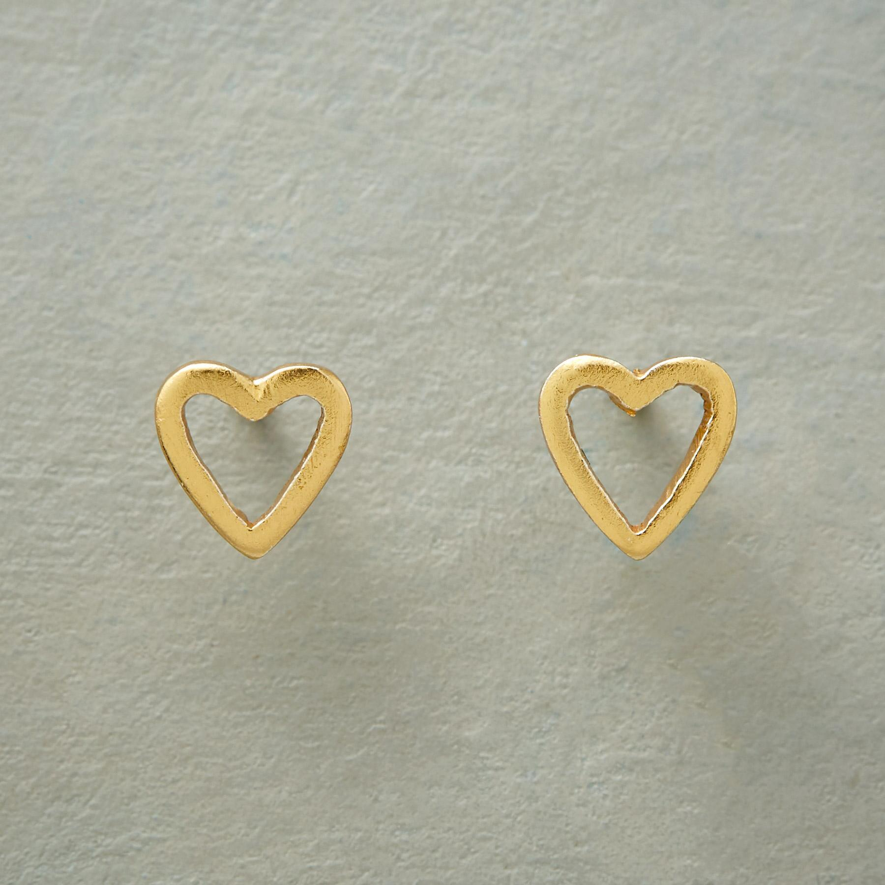 GOOD HEART EARRINGS: View 1