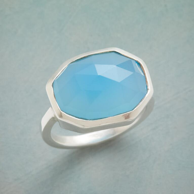 BLUE ICEBERG RING