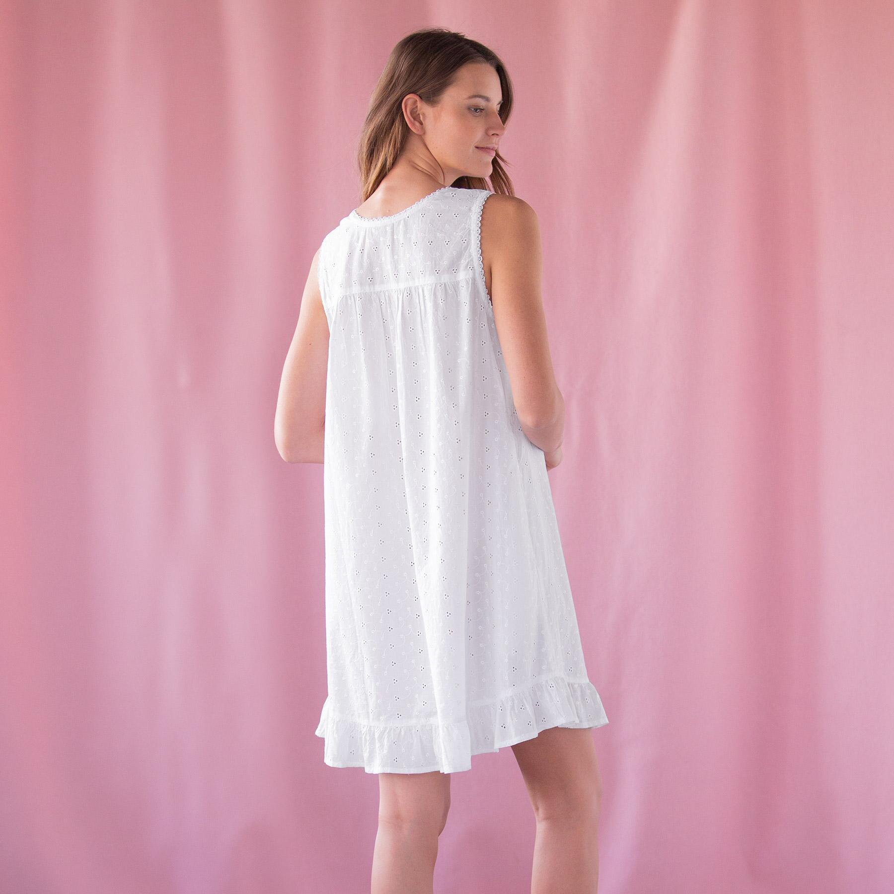 EVER SWEET EYELET NIGHTGOWN: View 2